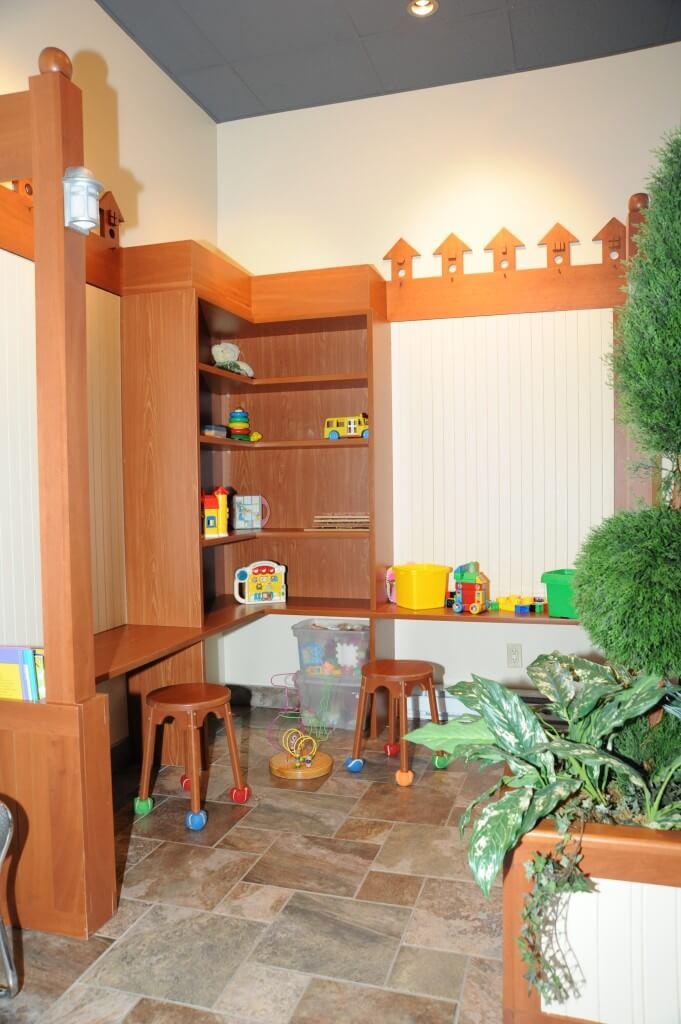 Salle d'attente pour enfants de la clinique podiatrique à Sherbrooke