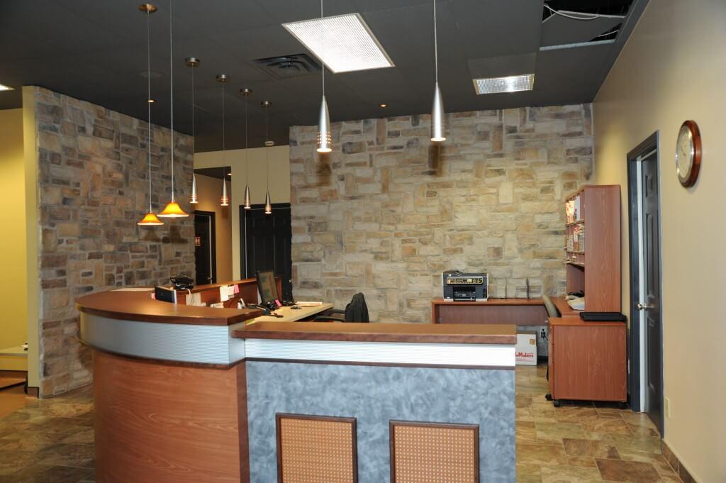 Salle de réception de la clinique podiatrique à Sherbrooke